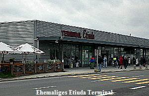 Ehemaliges Etiuda Terminal am Flughafen in Warschau